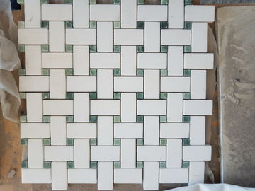 Carrara White Bathroom Marble Mosaic Tile Chevron Pattern SGS Standard