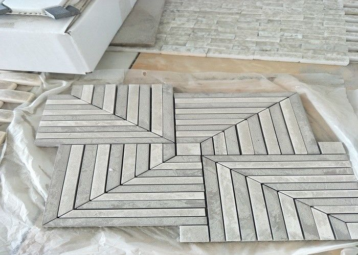 Whit	Marble Mosaic Tile , marble mosic floor tile 10mm Thickness 302x302mm Sheet Size